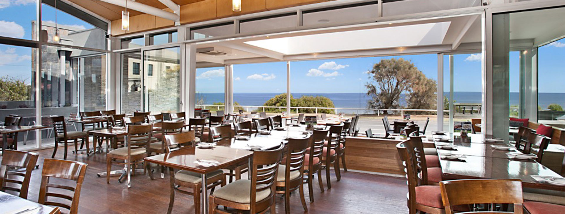 Kirks on the esplanade mornington dining